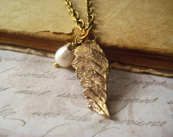 angel wing necklace antique bronze hand cast charm freshwater pearl candies64