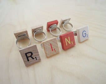 Ring Scrabble Wood Letter Tile - TOYS COLLECTION - x 1