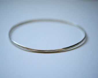 Sterling Silver Bangle, One Single Sterling Silver Bracelet, thin silver bangle, skinny silver bangle, hammered bracelet