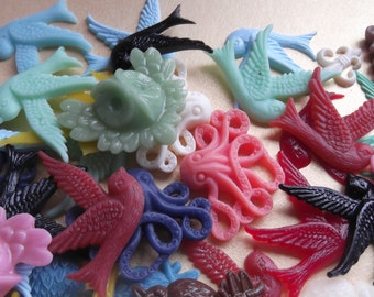 Wholesale lot of resin birds and octopus, bird cabachons, octopus cabachons, owl cabachon