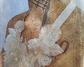 Tattered Lace Ivory Neckpiece