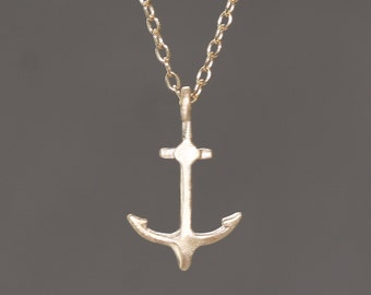 Anchor Necklace in 14k Gold