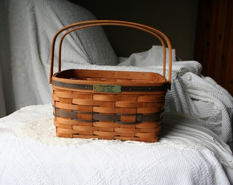 cake basket,j.w.basket,longaberger basket,blue weave basket,collector basket