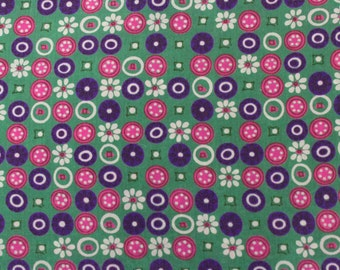 Rayon/Acetate Vintage 1950s Printed  Fabric - 2 3/4 Yards -  Fabric Yardage / Vintage Yardage / Cotton Fabric / 1950s Fabric / 50s
