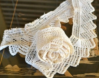 """Length of Vintage Hand made Knitted Lace Edging Trim - Ivory Cream Cotton Thread - 2"""" x 48"""""""