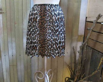 Leopard Vanity Fair slip vintage Half Slip vintage 60s Leopard Cave girl Jagged edge S M Kitty Cat