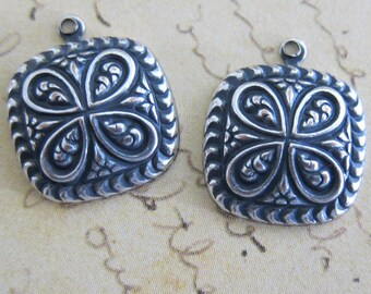 NEW 2 Silver Charms 3315