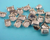 18 Silver Tone Octagon Prong Setting 8x6 no Ring Closed Back