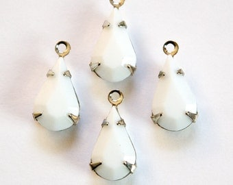 Vintage White Faceted Glass Teardrop Stone 1 Loop Silver Setting par007AD
