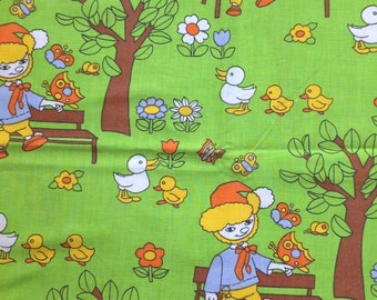 Seventies vintage childrens fabric - 95x75 cm.