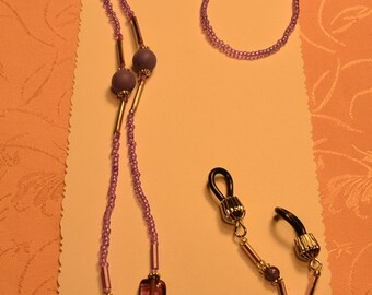 Light Purple Beaded EyeGlasses Holder