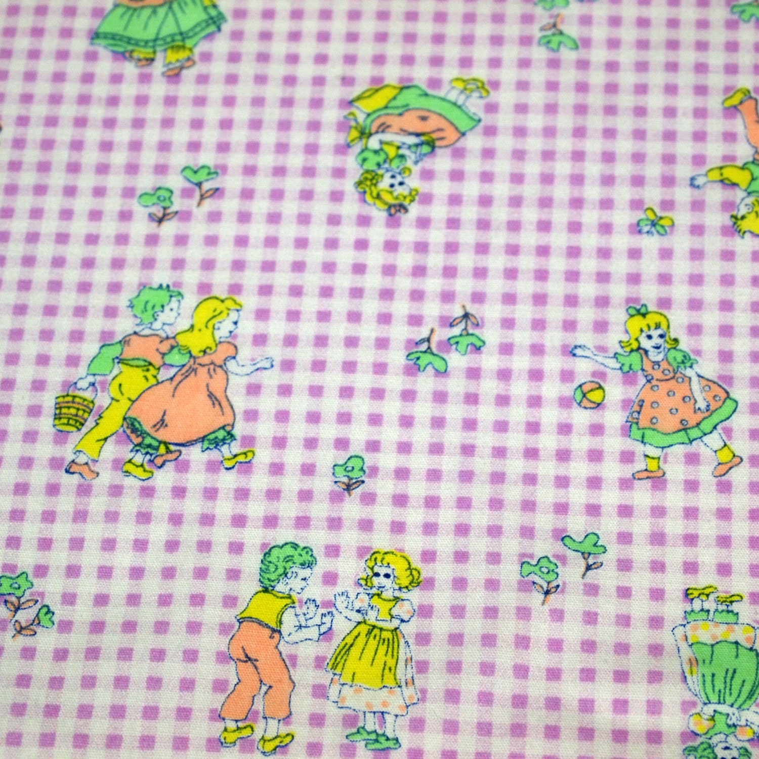 Sale vintage 70s juvenile novelty fabric featuring cute kids for Kids novelty fabric