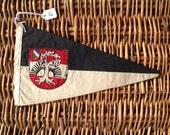 Vintage pennant/flag/drapeau 1960-1970