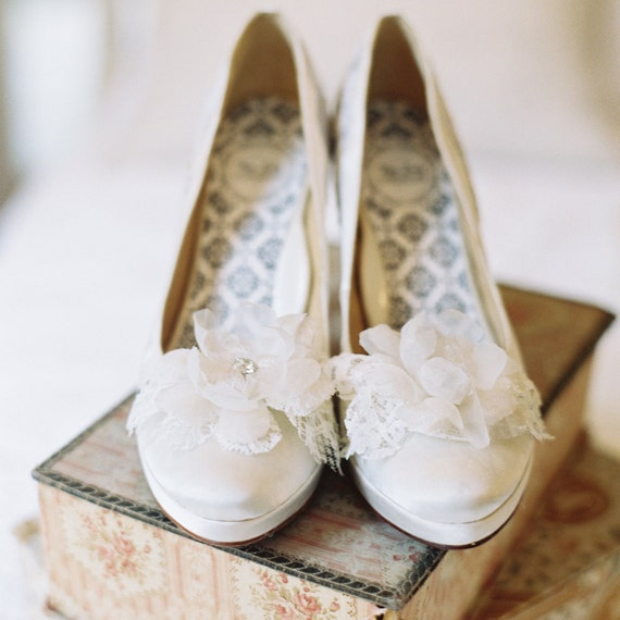 Items Similar To Shoe Clips Bridal Silk Flower Shoes Wedding Shoes Weddin