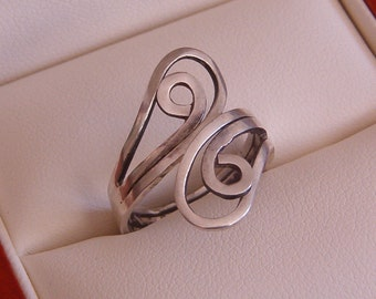 Ring, Vintage Sterling Silver Scroll Ring