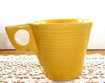 Vintage McCoy Mug, USA, Cup, Suburbia, Mustard Yellow, Mid Century, 1960's   (9829)