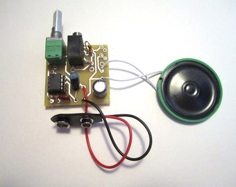 Assembled Kit: Portable MP3 Amp w/ Speaker & 10X Gain