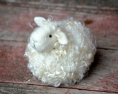 Sheep Needle Felting Kit - DIY Craft Kit - Sheep craft