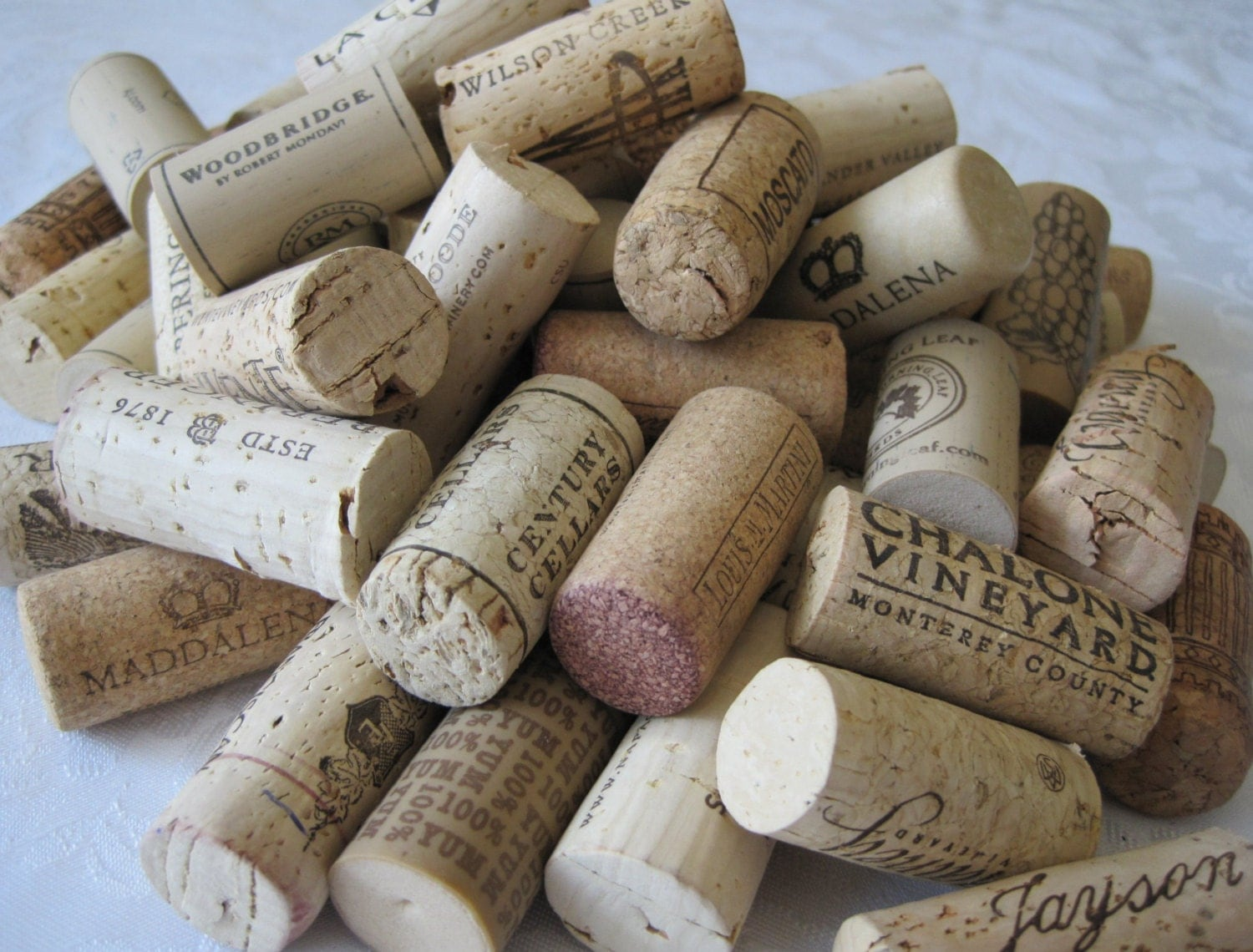 100 wine corks used wine corks all natural corks recycled for Natural corks