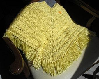 Knitted Poncho, Girls Medium - Lemon