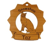 7416 Snowshoe Cat Personalized Wood Ornament