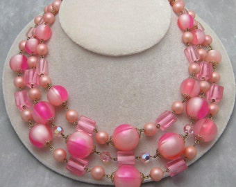 Vintage Pink Lucite Necklace Chunky Fifites Jewelry N5714