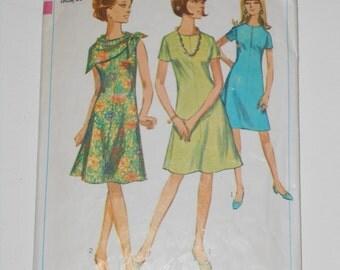 Vintage 60s A Line Dress Pattern Simplicity 6914 Size 16 Bust 36