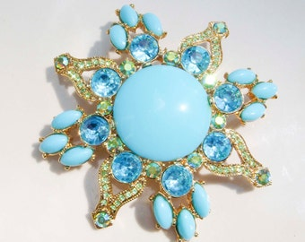 Vintage Gold Toned Blue Aquamarine Turquoise Stoned Brooch