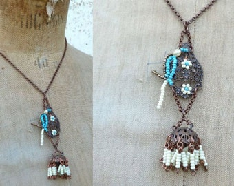 PAROT IVORY and TURQUOISE necklace