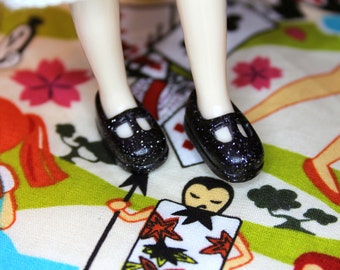 Middie Blythe Black with silver glitter T-strap Mary Jane shoes