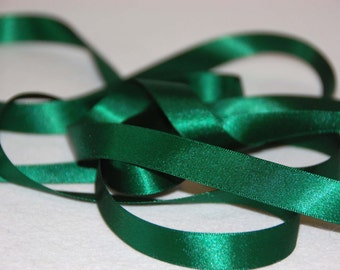 Plain green satin ribbon 15mm wide, double sided