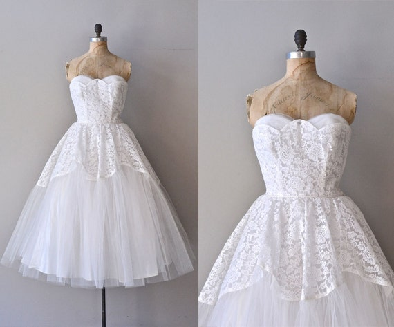 Raffica bianco wedding dress white lace 1950s by deargolden for Cheap wedding dresses syracuse ny