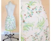 Vintage White Floral Skirt. Orange & Green Flowers. Lime Green. Size Small. 1990s. Rayon Skirt. Floral Skirt. Straight Skirt. Knee Length.
