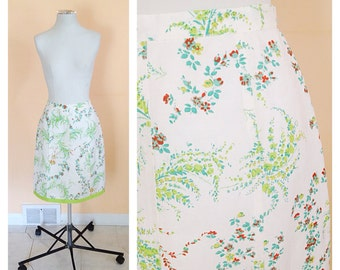 Vintage White Floral Skirt. Orange & Green Flowers. Lime Green. Size Small. 1990s. Rayon Skirt. Floral Skirt. Straight Skirt. Knee Length.