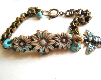 Flower Garden Charm Bracelet, Rustic Flower, Organic, Lampwork Glass, Bee Charm, Turquoise, Cream, Summer Jewelry