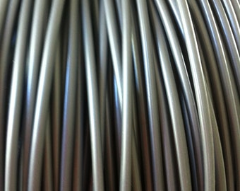 3 Meters of 4mm Gunmetal silver Pepi's style plastic tubing, perfect for adding to dread falls