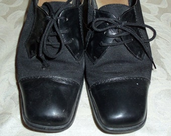 Antique VIntage 40s black shoes