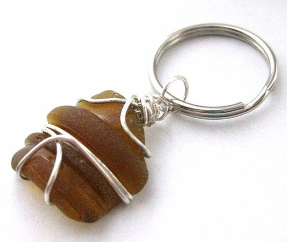 Irish Keychain. Seaglass from Ireland. Beer Bottle Neck Beach Glass.
