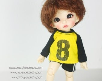 Lati Yellow / pukifee Outfits - T-shirt  and short pants.