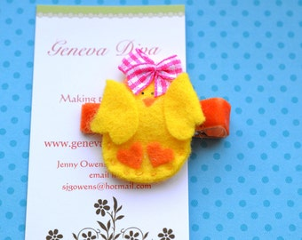 Cutie Chick... Hand Stitched Felt Hairclip