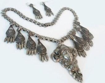 Vintage Nouveau necklace bookchain Mucha Gothic Nymph festoon DIVA Necklace