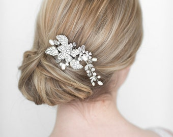 Wedding Hair Comb,  Bridal Head Piece, Crystal and Pearl Haircomb, Wedding Hair Accessory