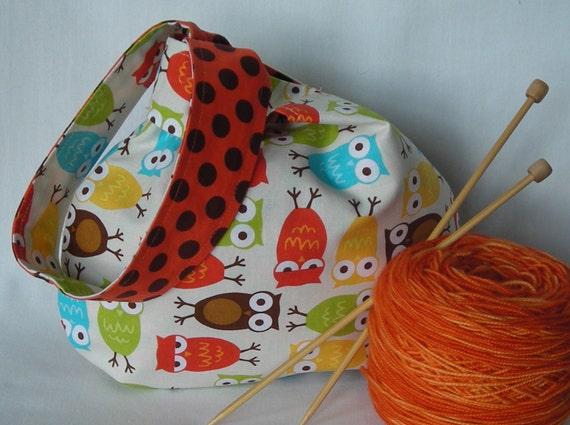 knitting project bag - crochet project bag - amigurumi project bag - wristlet pouch - Urban Zoologie owls orange - free knitting pattern too