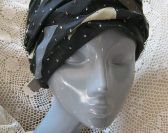 Vintage Black satin turban hat, flapper cloche style hat, black hat   ribbon mesh glitter, size 22 black satin turban cloche fitted hat