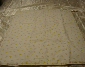 Baby Quilt~~~ Yellow Animals