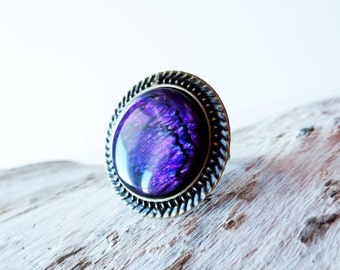 Purple paua ring.  Round ring.  Purple shell ring.  Paua shell ring.  Antiqued gold ring.