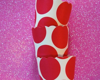 12 Hot Pink Polka Dot Scallop Candy Cups