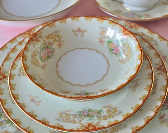 gorgeous vintage china-Cardinal china pattern- Noritake china-6 piece place setting-mint dishes
