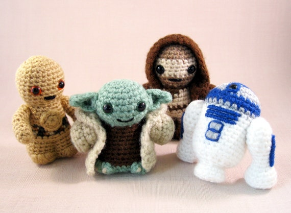 Amigurumi Star Wars Patterns : Star wars mini amigurumi free patterns ~ slugom for .