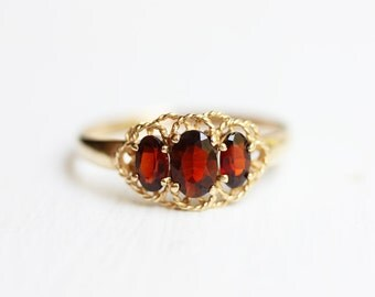 Garnet Stone Ring, Gold Garnet Ring, 9K Gold Ring, Gold Ring, Red Stone Ring, Garnet Ring, Size 8.25 Ring, Three Stone Ring